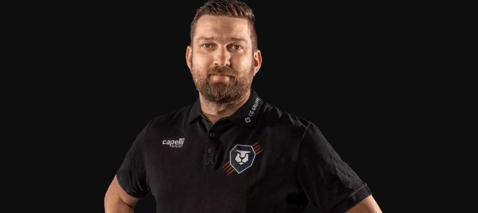 Es ist alles möglich - Sportdirektor Carsten Hänsel im Interview